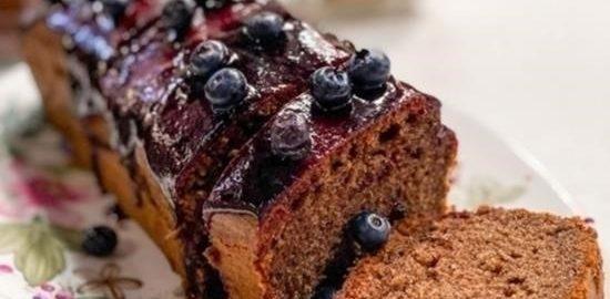 Пурпурный кекс с голубикой кулинарный рецепт