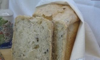 Итальянский хлеб с оливками и жареным луком кулинарный рецепт