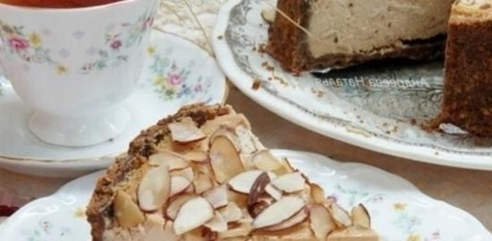 Миндальный чизкейк с мусковадо и сметанной заливкой кулинарный рецепт