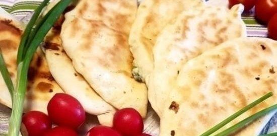 Пирожки на кефире с брынзой и зеленым луком кулинарный рецепт