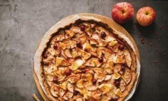 Ржаная галета с яблоками и клюквой кулинарный рецепт
