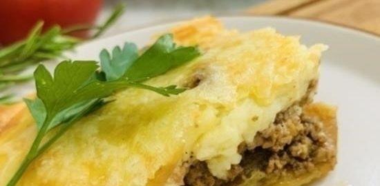 Греческая мусака с соусом бешамель кулинарный рецепт