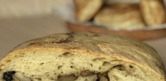 Хлеб с чесноком и маслинами кулинарный рецепт