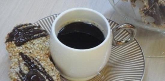 Кунжутно-кокосовое печенье с финиками кулинарный рецепт