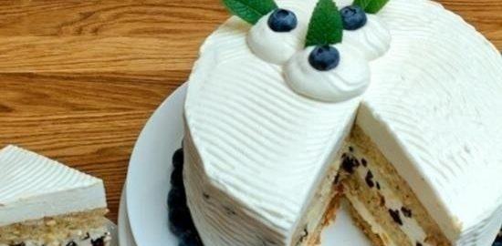 Торт с миндалем и сливочным суфле кулинарный рецепт