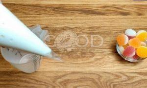 Бисквитное пирожное с двойной начинкой рецепт шаг 4
