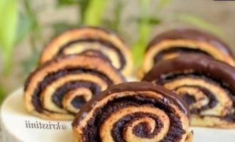 Булочки с маком в шоколадной глазури кулинарный рецепт