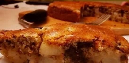 Грушевый пирог с шоколадом, корицей и мускатным орехом кулинарный рецепт