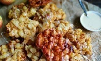 Яблочные оладьи с корицей кулинарный рецепт