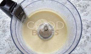 Кокосовый пирог-перевертыш с бананом и карамелью рецепт шаг 3
