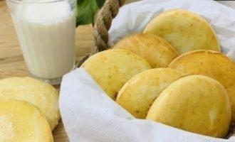 Молочные коржики кулинарный рецепт