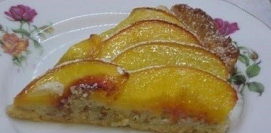 Пирог с персиками и миндальным кремом кулинарный рецепт