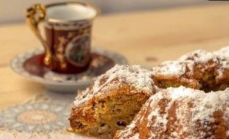 Ароматный тыквенный манник с грецкими орехами кулинарный рецепт