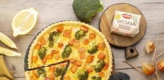 Киш с лососем и брокколи кулинарный рецепт