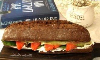 Сэндвич с семгой и творожным сыром кулинарный рецепт