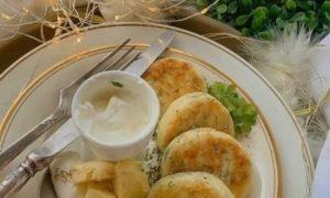 Сырники с зеленью и сыром кулинарный рецепт