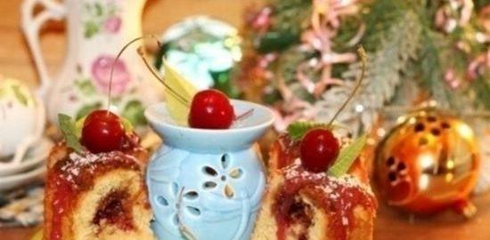 Новогодний пирог с вишневым джемом кулинарный рецепт