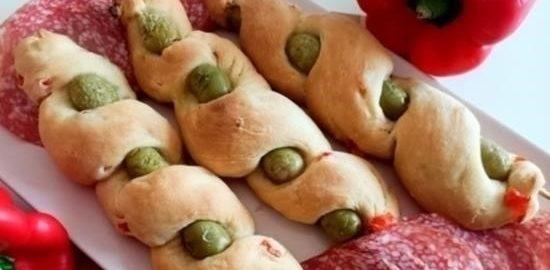 Охотничий хлеб с оливками кулинарный рецепт