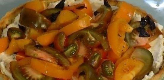 Тарт с рикоттой, помидорами и пряными травами кулинарный рецепт