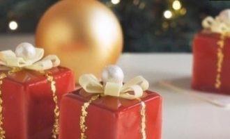 Муссовое пирожное «Новогодний подарок» кулинарный рецепт
