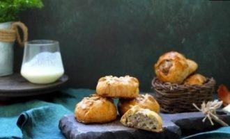 Пирожки с мясом на кефирном тесте кулинарный рецепт